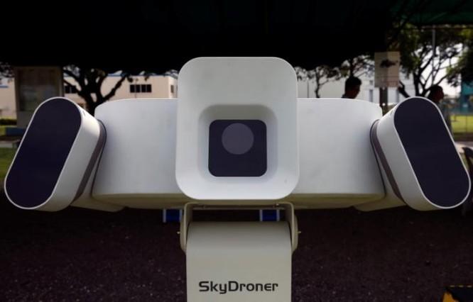 """Nhiều startup muốn ngăn chặn các drone """"lạc lối"""" ảnh 1"""