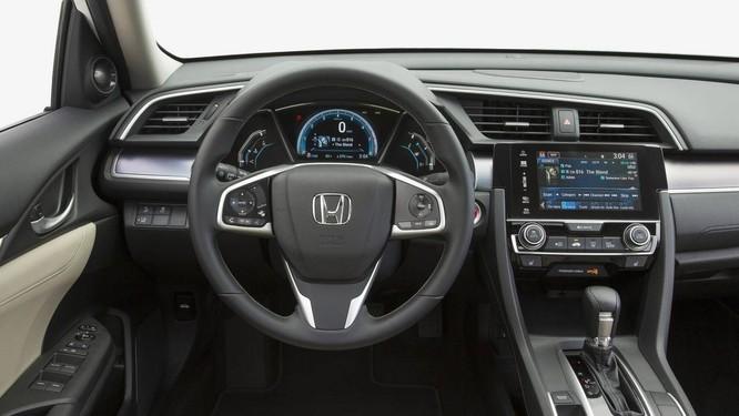 Honda Civic mới chốt giá 950 triệu đồng tại Việt Nam ảnh 1