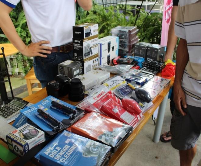 Chợ phiên máy ảnh cuối năm giữa Sài Gòn ảnh 4