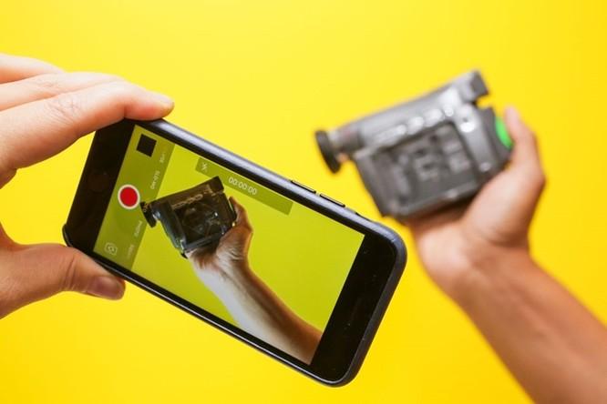 """iPhone tròn 10 năm: Những thiết bị """"hết đường sống"""" vì smartphone của Apple ảnh 3"""