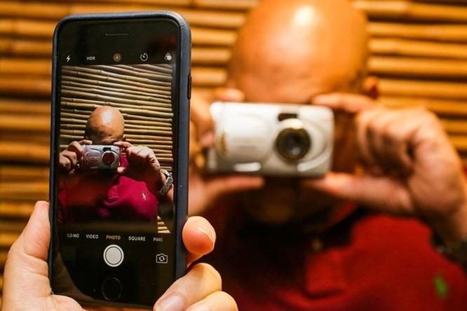 """iPhone tròn 10 năm: Những thiết bị """"hết đường sống"""" vì smartphone của Apple ảnh 2"""