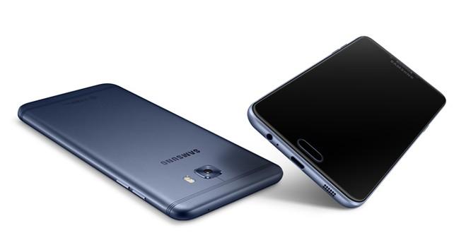 Samsung âm thầm ra mắt Galaxy C7 Pro ảnh 13