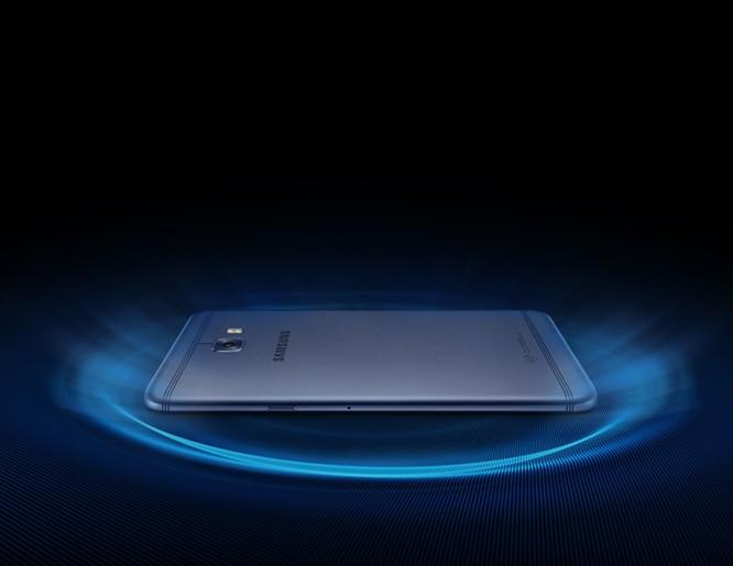 Samsung âm thầm ra mắt Galaxy C7 Pro ảnh 14