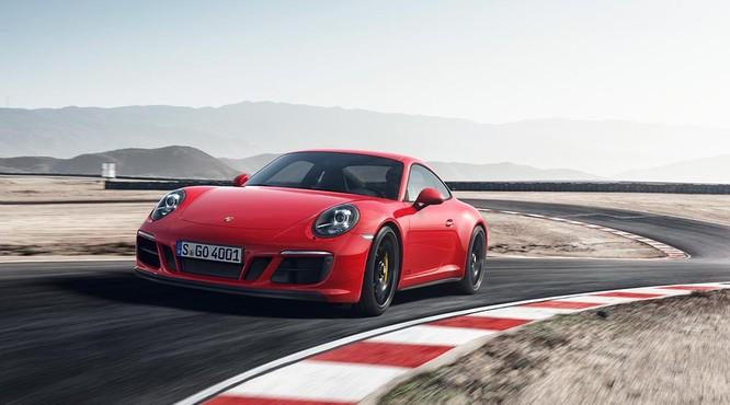 Porsche 911GTS 2017 chốt giá từ 8,2 tỷ đồng cho khách Việt ảnh 2