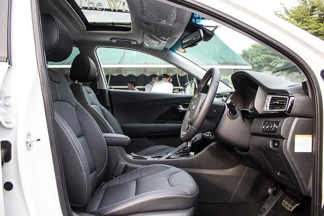 Xe crossover siêu tiết kiệm xăng Kia Niro ra mắt Đông Nam Á ảnh 15