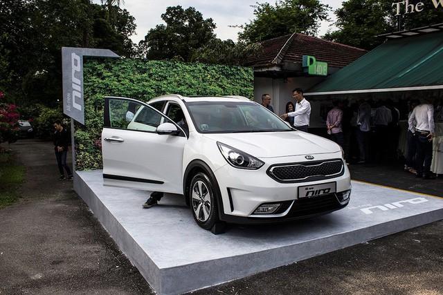 Xe crossover siêu tiết kiệm xăng Kia Niro ra mắt Đông Nam Á ảnh 1