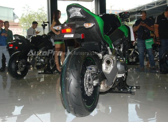 Cặp đôi Kawasaki Z900 và Z650 2017 ra mắt Việt Nam, giá từ 218 triệu Đồng ảnh 4