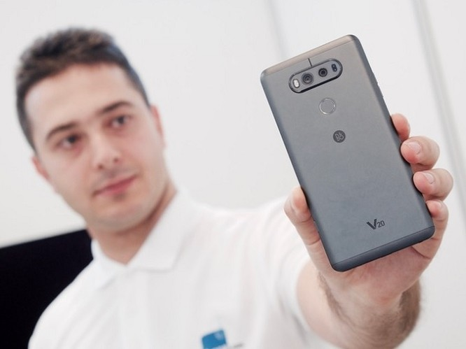 LG sắp bán smartphone trở lại ở Việt Nam, lộ giá LG G5 và V20 chính hãng ảnh 2