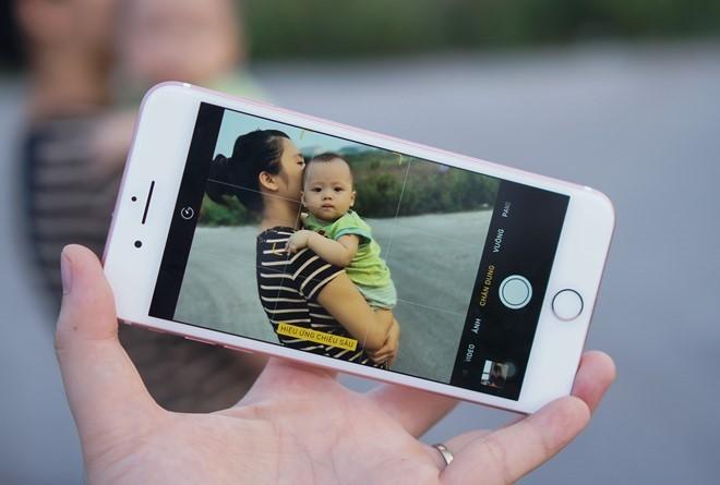 Chọn smartphone chụp ảnh xoá phông tốt nhất để chơi Tết ảnh 1