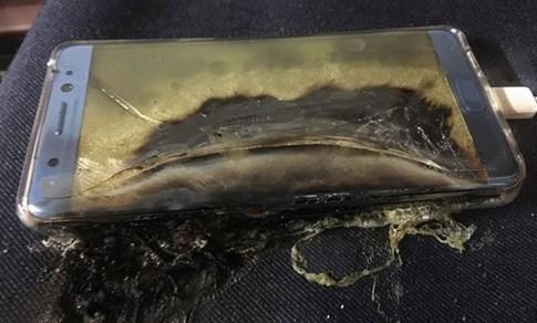Tai họa cháy nổ pin sạc ảnh 2