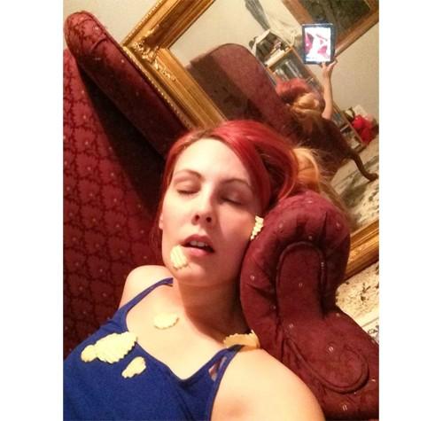 Những tấm gương phản chủ trong ảnh selfie ảnh 4