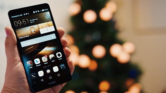 Nghịch lý Huawei: Doanh thu càng tăng, lợi nhuận càng giảm ảnh 1
