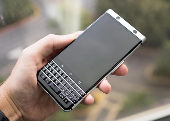 Loạt smartphone đình đám ra mắt tháng 2 ảnh 3