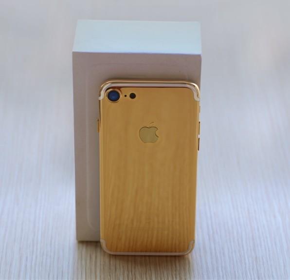 iPhone 7 mạ vàng cho Valentine được chào giá từ 35 triệu đồng ảnh 2