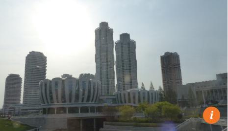 Đường phố Ryomyong (Bình Minh) mới được khánh thành hôm 15/4