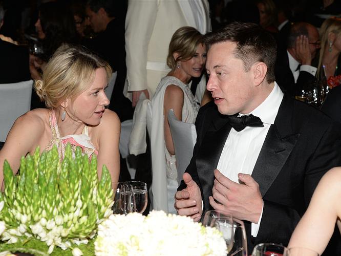 """Một ngày """"bận rộn đến từng giây"""" của Elon Musk, chủ hãng xe điện Tesla ảnh 11"""