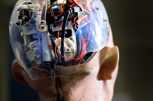 Robot và công nghệ trí tuệ nhân tạo đang ngày một thông minh và thay thế con người trong nhiều linh vực của cuộc sống.