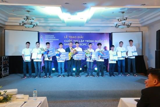 10 thí sinh Việt Nam dự vòng chung kết cuộc thi lập trình Quốc tế ảnh 2