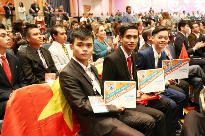 Tuyển Việt Nam giành giải Ba Microsoft Word 2017 thế giới ảnh 9
