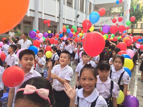 Facebook ngập tràn hình ảnh bố mẹ khoe con ngày khai giảng năm học mới - 3