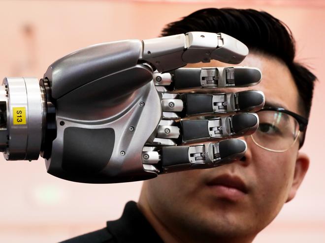 Toàn cảnh Hội nghị Robot Thế giới 2017: Xuất hiện công nghệ điều khiển drone bằng sóng não ảnh 12
