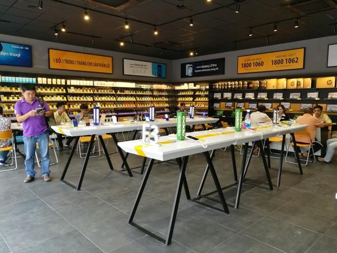 Bên trong cửa hàng mới toanh của Thế Giới Di Động: Đẹp, sang, ít nhân viên ảnh 2