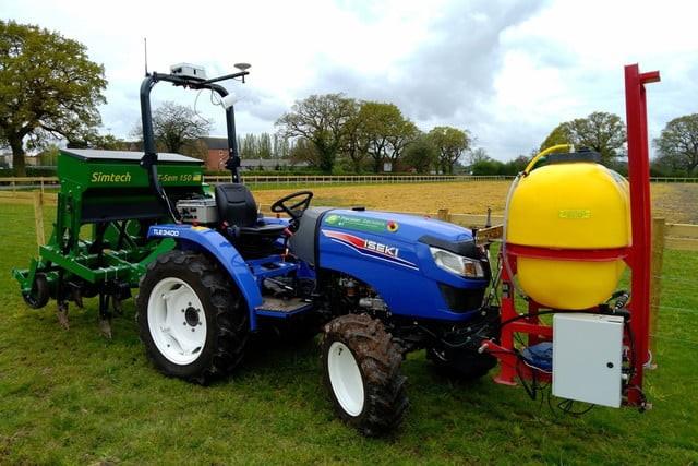Nếu robot này được bán tại Việt Nam, nhiều nông dân sẽ mất việc? ảnh 2