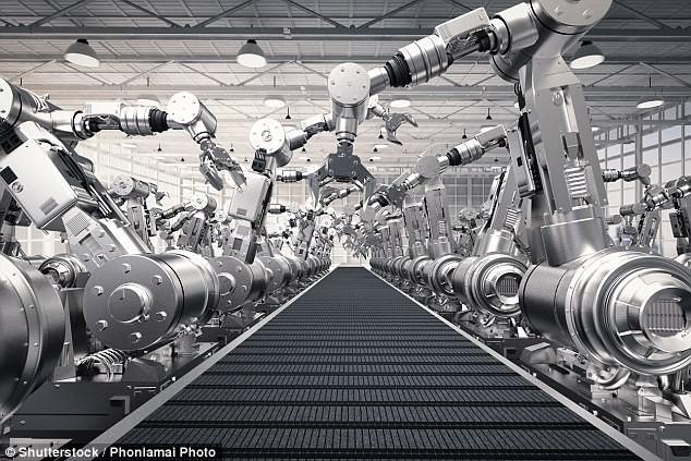 Tại Việt Nam, robot cũng sớm được áp dụng nhưng trong các ngành nghề thủ công.