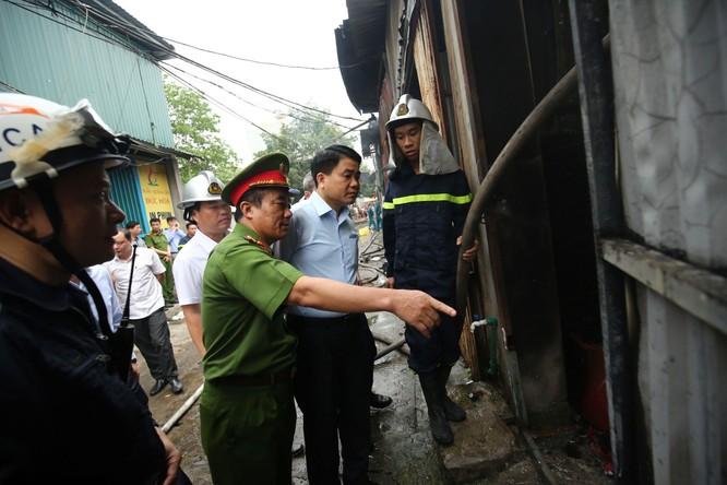 Cháy lớn ở Hà Nội: 8 người chết tại xưởng sản xuất của Công ty Môi trường 79 ảnh 1