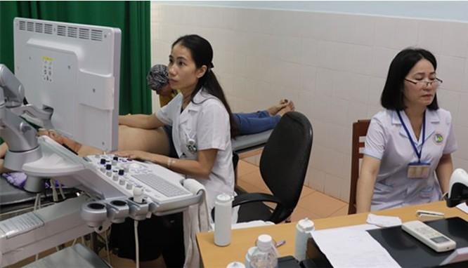 Siêu âm vú cho bệnh nhân