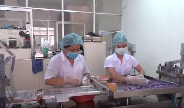 Bắt quả tang việc sản xuất thuốc chữa bệnh và thực phẩm chức năng giả