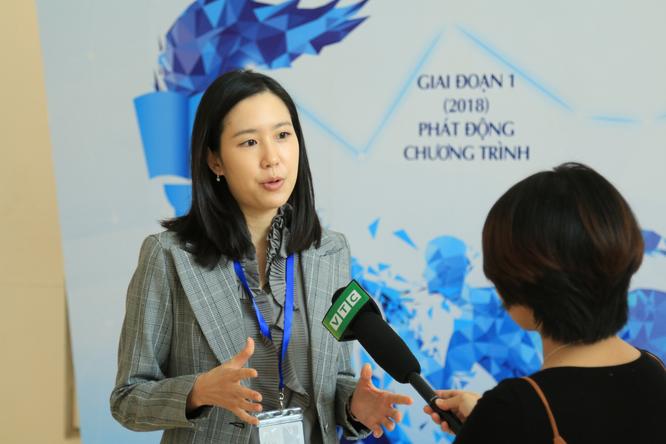 Bà Hee Sun Lee, Tổng Giám đốc Merck Việt Nam – đơn vị đồng hành cùng Bộ Y tế Việt Nam trong việc xây dựng bộ tài liệu Hướng dẫn thực hành dược lâm sàng, cam kết tiếp tục đồng hành cùng Việt Nam