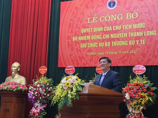 Thủ tướng Nguyễn Xuân Phúc trao quyết định Bộ trưởng Bộ Y tế cho GS.TS. Nguyễn Thanh Long ảnh 5