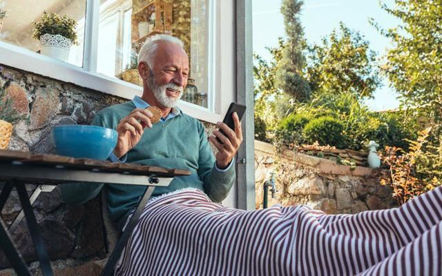 Thói quen sử dụng iPhone có thể phản ánh mức độ suy giảm nhận thức theo tuổi tác ảnh 1