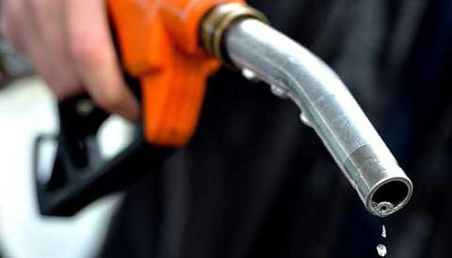 Cách tiết kiệm nhiên liệu cho xe máy thời xăng tăng giá ảnh 1