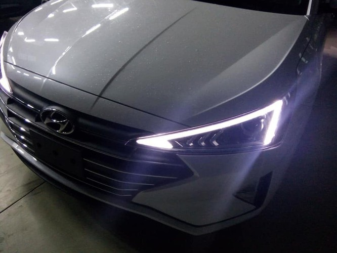 Hyundai Elantra 2019 lộ diện trước ngày ra mắt tại Việt Nam với chi tiết khác bản quốc tế ảnh 2