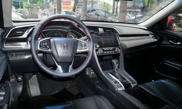 Honda Civic RS 2019 - sedan thể thao lăn bánh hơn 1 tỷ ảnh 3