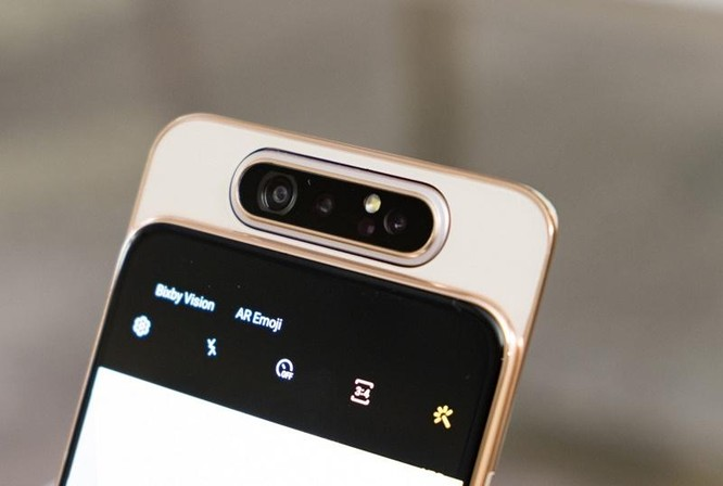 Camera selfie 'thò thụt': Xu hướng nhất thời hay tương lai của thị trường smartphone ảnh 5