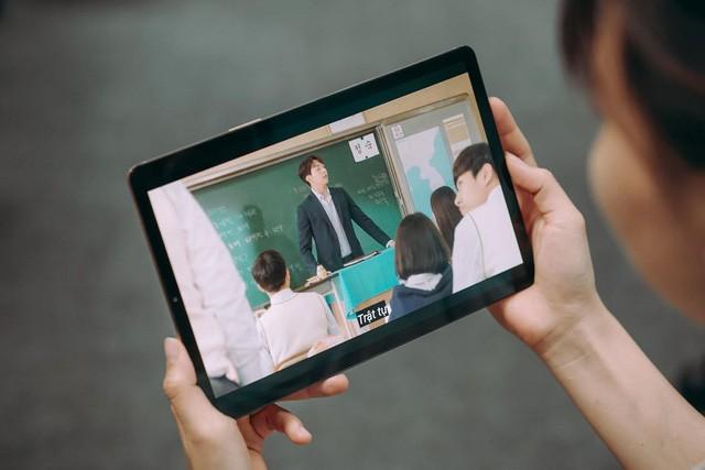 Muốn giải trí tốt hơn, làm việc hiệu quả hơn thì màn hình phải lớn hơn!