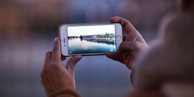7 lý do nên chọn Flagship đời cũ thay vì smartphone tầm trung đời mới ảnh 1