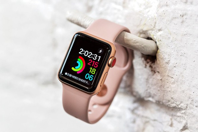 """Mang Apple Watch Series 3 đi sửa có thể sẽ """"phải"""" nhận lại Apple Watch Series 4 bởi Apple hết linh kiện ảnh 1"""