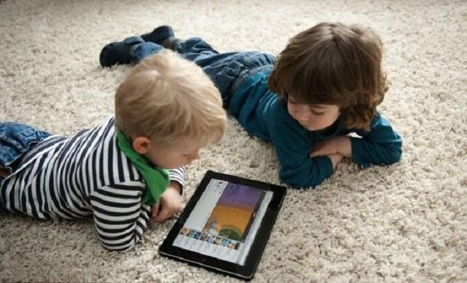Cách để công nghệ không ảnh hưởng đến giấc ngủ của trẻ ảnh 2