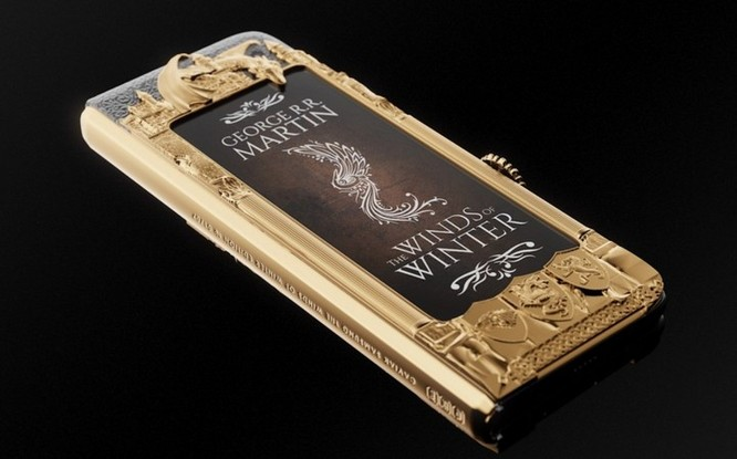 Caviar ra mắt Galaxy Fold phiên bản Game of Thrones, dát vàng xung quanh, giá iên tới 8.180 USD ảnh 6