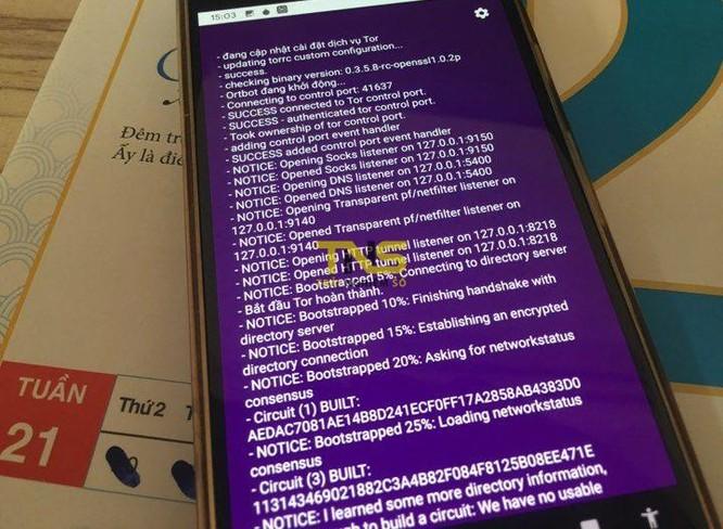 Bạn cần lưu ý là Tor Browser được xây dựng dựa trên nhân Firefox nên cũng không quá khó sử dụng. Lưu ý là Tor Browser không có trên iOS. Thay vào đó, những nhà phát triển Tor khuyến nghị người dùng iOS sử dụng ứng dụng Onion, với tính năng tương tự như trình duyệt của mình.