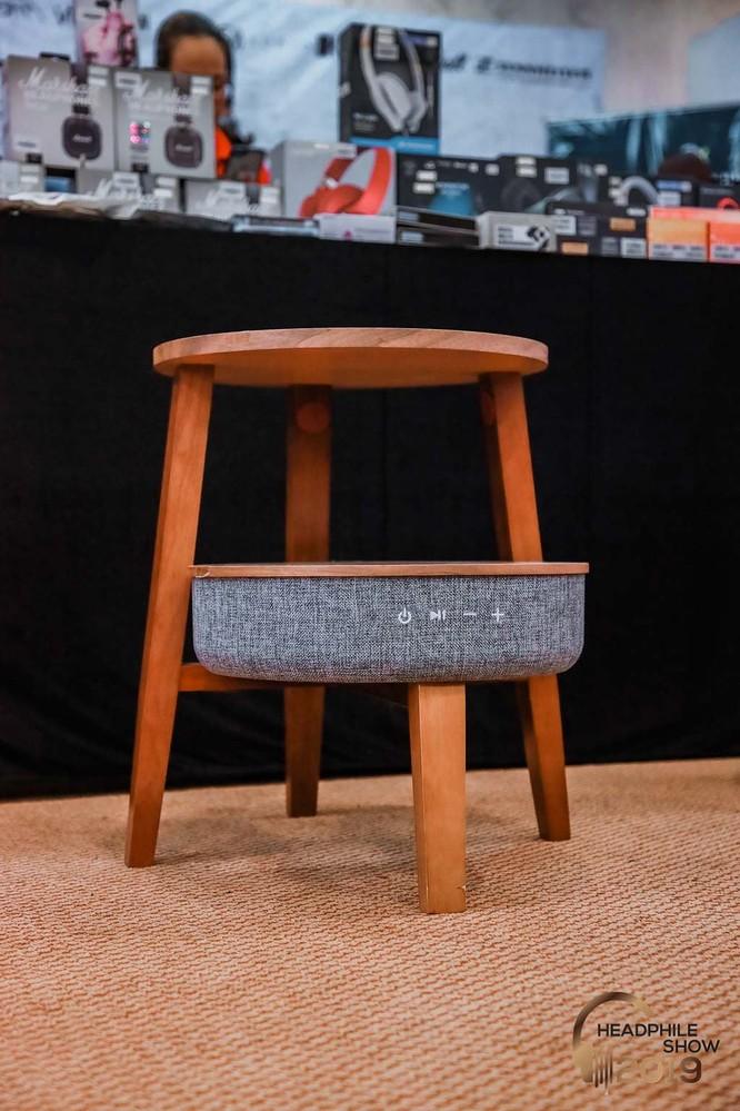 Headphile Show 2019: Loa di động tích hợp bàn sofa BT-Z5 & BT-Z9 phù hợp với không gian hiện đại ảnh 2