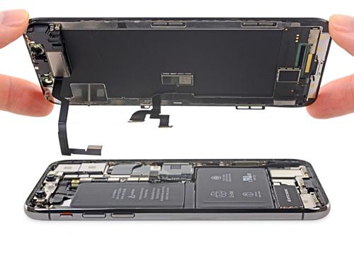 Apple đang sử dụng màn hình OLED iPhone do Samsung sản xuất. Ảnh: ifixit.