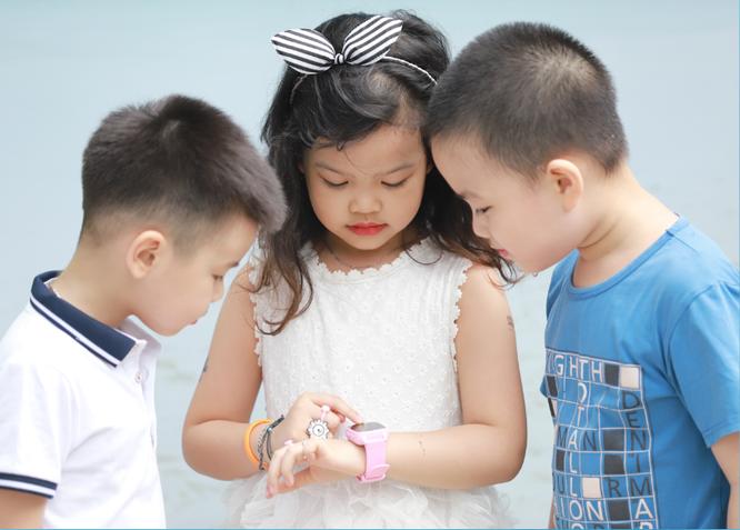Review 3 mẫu đồng hồ định vị trẻ em được ưa chuộng nhất năm 2019 ảnh 1