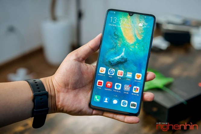 Trên tay Huawei Mate 20X 5G đầu tiên tại Việt Nam giá 17 triệu ảnh 6