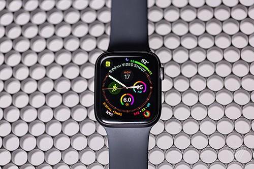 Watch Series 5 sẽ ra mắt cùng iPhone 11. Ảnh: The Verge.