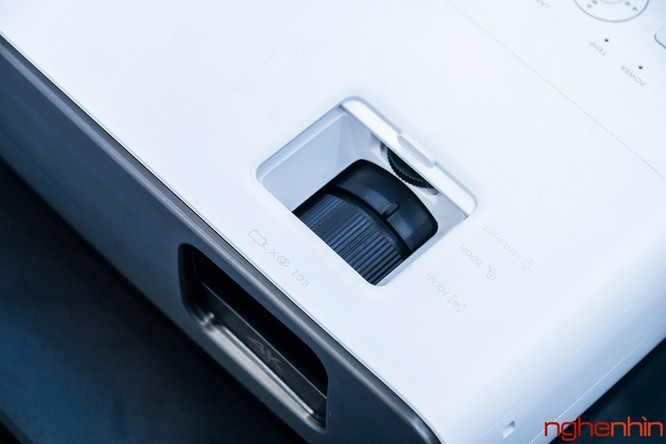 BenQ ra mắt hai mẫu máy chiếu 4K UHD, tích hợp công nghệ Cinematic Color giá từ 60 triệu ảnh 16